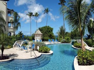 Luxury 3 bedroom beachfront apartment, fabulous pools, stunning sunsets and historic town - Mullins Beach vacation rentals