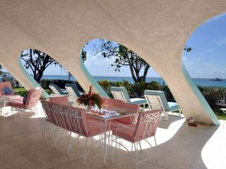 Peaceful, elegant 3 bedroom villa with fantastic ocean views. - Sunset Crest vacation rentals