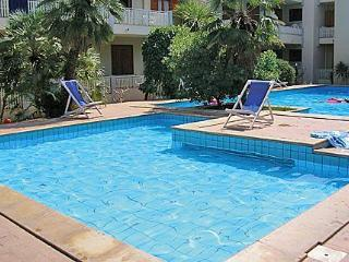 Apartment Beach front - 6 persons - Pool - Alghero vacation rentals