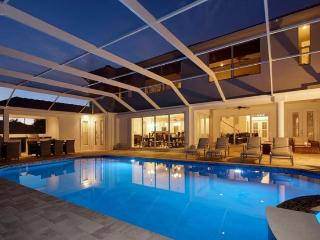 2013 completed beautiful Villa-Illuminated pool-Luxury furnishings-Bar-Boating dock-5 bedrooms - Florida North Central Gulf Coast vacation rentals