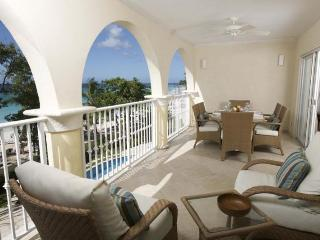 Classic 3 bedroom apartment, on the fabulous stretch of Dover Beach - Dover vacation rentals