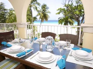 Classic 3 bedroom apartment, located on the fabulous Dover Beach, close to restaurants. Fully equipped kitchen - Dover vacation rentals