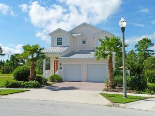 Beautiful 4 Bedroom, 4 Bathroom Reunion Resort villa with private pool and summer kitchen - Loughman vacation rentals