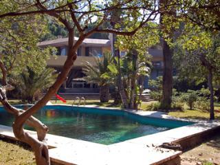 Independent Studio in a very elegant 1950s Villa - Mondello vacation rentals