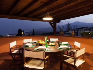 Penthouse in Taormina centre - Fiumefreddo di Sicilia vacation rentals