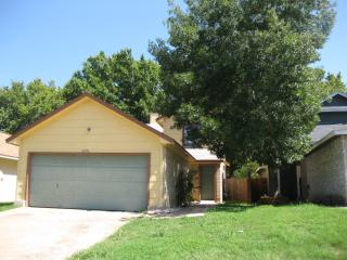 Cozy 3 Bedroom Home Round Rock - Georgetown vacation rentals