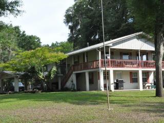 Three Rivers Inn at Santa Fe River High Springs FL - Fort White vacation rentals