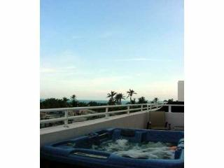 2/2 Loft PH steps to Ocean Dr. private Ocean VIEW! - Miami Beach vacation rentals