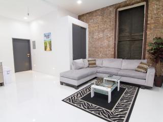 3 Bedrooms / Chelsea / Sleep 6 - New York City vacation rentals