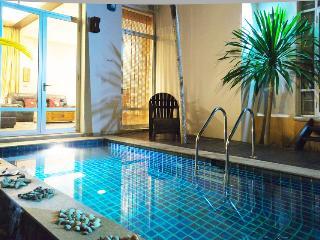 Jomtien Beach Deluxe Villa sleeps 4 - Jomtien Beach vacation rentals