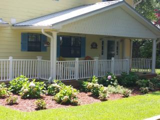 Suwannee River Getaway - Fort White vacation rentals