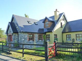 GREANEYS GATES, converted railway cottage, en-suites, open fire, walks and cycle routes from doorstep, near Newcastle West, Ref  - County Limerick vacation rentals