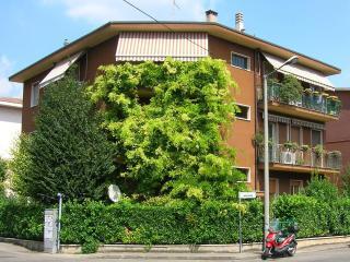 Tourist House Uva Blu - Verona vacation rentals