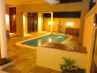 Great Deal Pereybere Villa U-Andela - Pereybere vacation rentals