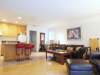 Treta's Birdhouse - Riverside vacation rentals