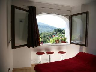 Sweet studio apartment - Viconago vacation rentals