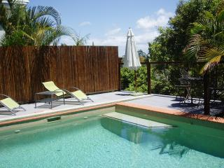 Imagine relaxing by your pool in Noosa Heads..... - Noosa vacation rentals