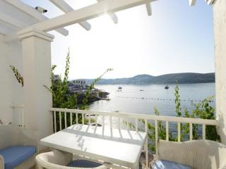 Bodrum Beachfront Apartment - 2012 - Bodrum vacation rentals
