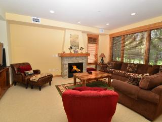 Woodwinds 2081 - XXL Luxury Golf Townhome - Mammoth Lakes vacation rentals