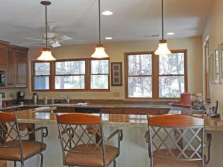 Forest Retreat on 2.7 acres... just 10 min. to dow - Prescott Valley vacation rentals