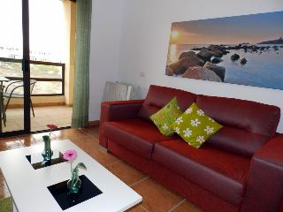 Apartment with balcony and pool in Golf del sur 82 - Tenerife vacation rentals