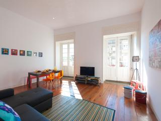 2BR Flat + Balcony @ UNESCO area! - Northern Portugal vacation rentals