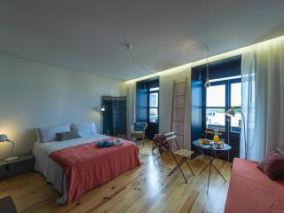 Studio @ Porto ART Block! - Porto vacation rentals
