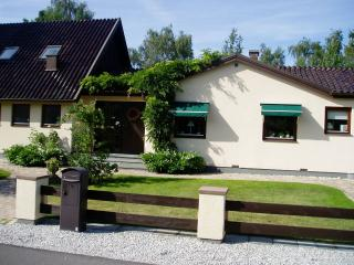 Bo nära stranden i Kämpinge, Höllviken - Malmö vacation rentals