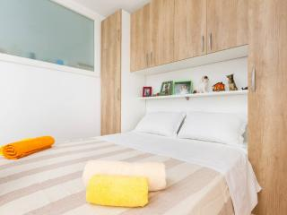 Modern, new apartment - Split vacation rentals