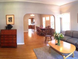 Big and Bright Atwater Classic. - Los Angeles vacation rentals