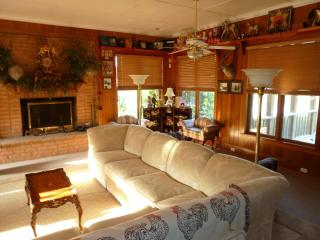 Vacation cottage by the Pond - Columbia vacation rentals
