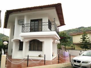 Luxurious 3BHK Bungalow in Lonavala - Maharashtra vacation rentals