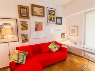 A Cozy Apt in Kolonaki of Athens - Athens vacation rentals