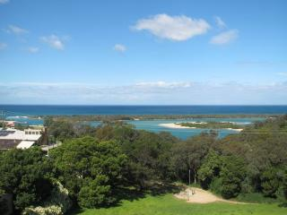 HAZEL HOUSE - Bairnsdale vacation rentals