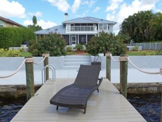Stunning 4 bedroom Cape Coral luxury villa with Gulf & River views, Heated pool, Spa, Sailboat access - Cape Coral vacation rentals
