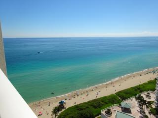 SUNNY, MODERN CORNER! MASSIVE WRAPAROUND BALCONY! - Sunny Isles Beach vacation rentals