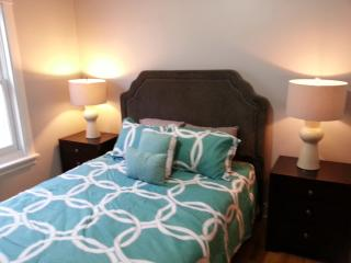 Large 3BR/2BA Condo in Chicago's Lincoln Square - Illinois vacation rentals