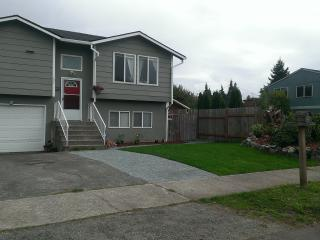 Point Defiance Furnished Home - by Waterfront - Puyallup vacation rentals