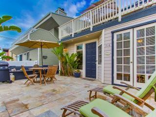 MISSION BEACH - 2 BEDROOM / 2 BATH - SLEEPS 6 - Mission Beach vacation rentals
