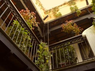 Efficiency, Walking distance t/Central Park 2 beds - Antigua Guatemala vacation rentals