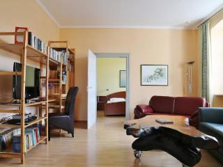 Vacation Apartment in Bamberg - 807 sqft, spacious, near heart of town, quiet (# 1431) - Bamberg vacation rentals