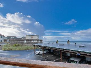 Beach access and beautiful ocean views! - Lincoln City vacation rentals