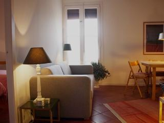 Rambla B - Centric and QUIET penthouse - Barcelona vacation rentals