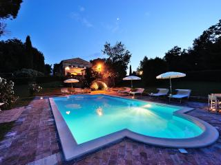 Luxury Villa for 16p in Marche countryside - Senigallia vacation rentals