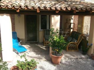 Summer Apartment with exclusive pool - San Ginesio vacation rentals
