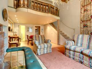 Florence Apartments - Apartment Oriolo - Florence vacation rentals