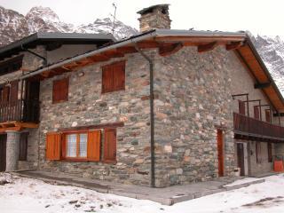Baita in pietra - Breuil-Cervinia vacation rentals