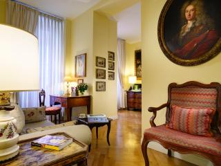 Navona Cozy B&B Suite for 2p, Air Cond., Free WiFi - Rome vacation rentals
