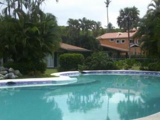 Villa Olinala - Zihuatanejo vacation rentals