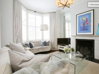 Elegant 4 bedroom home in Clapham - London vacation rentals